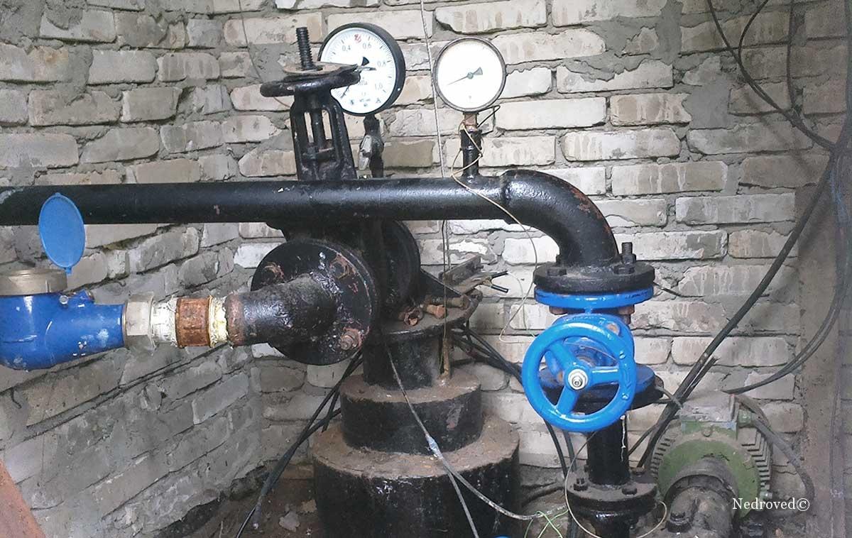 Обвязка устья рабочей скважины